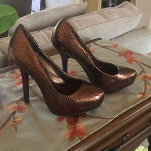 NWOT Fergie shoes
